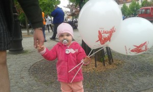 lila z balonami